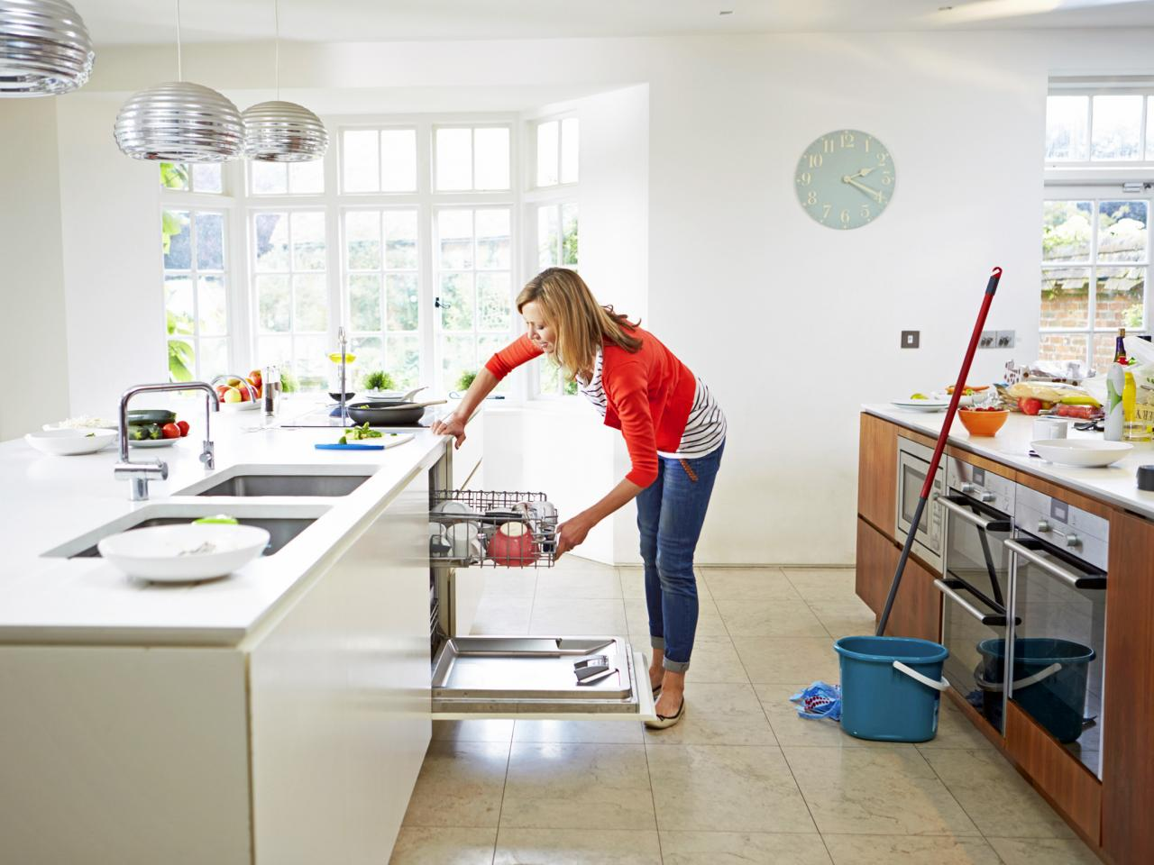 Easy methods to clean your house • Isa Serv, Maids Services